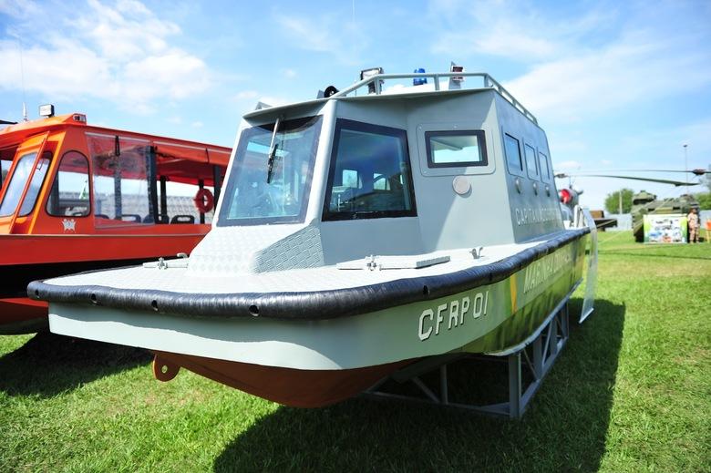 LAR - Cabine Fechada com proteção balística Nível III. Foto Portal R 7.