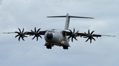 A400M similar ao acidentado em foto de 2010 - Foto: Ronnie Macdonald