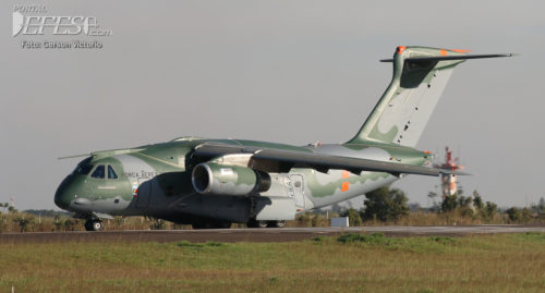 KC-390 cabeceira 2